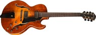 Eastman AR380CE Archtop Honeyburst Front