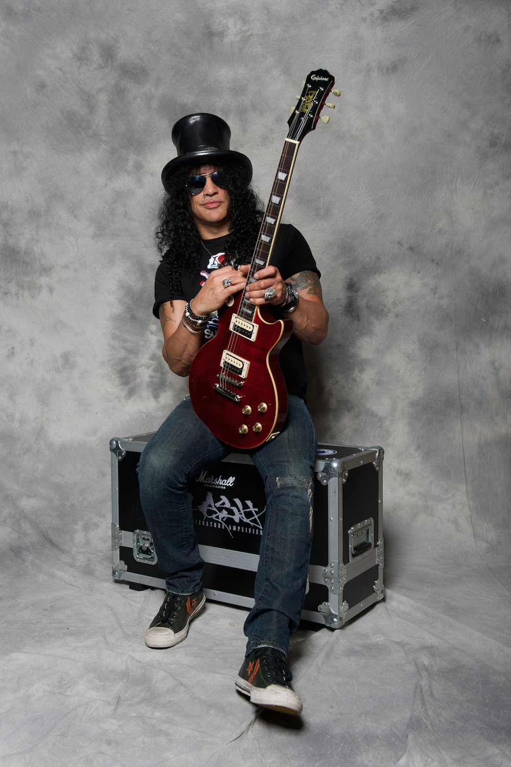 epiphone limited edition slash signature 39 rosso corsa 39 les paul standard outfit. Black Bedroom Furniture Sets. Home Design Ideas