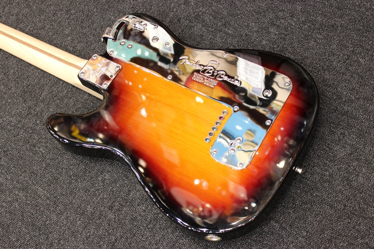 fender american nashville b bender telecaster 3 colour sunburst maple pre owned. Black Bedroom Furniture Sets. Home Design Ideas