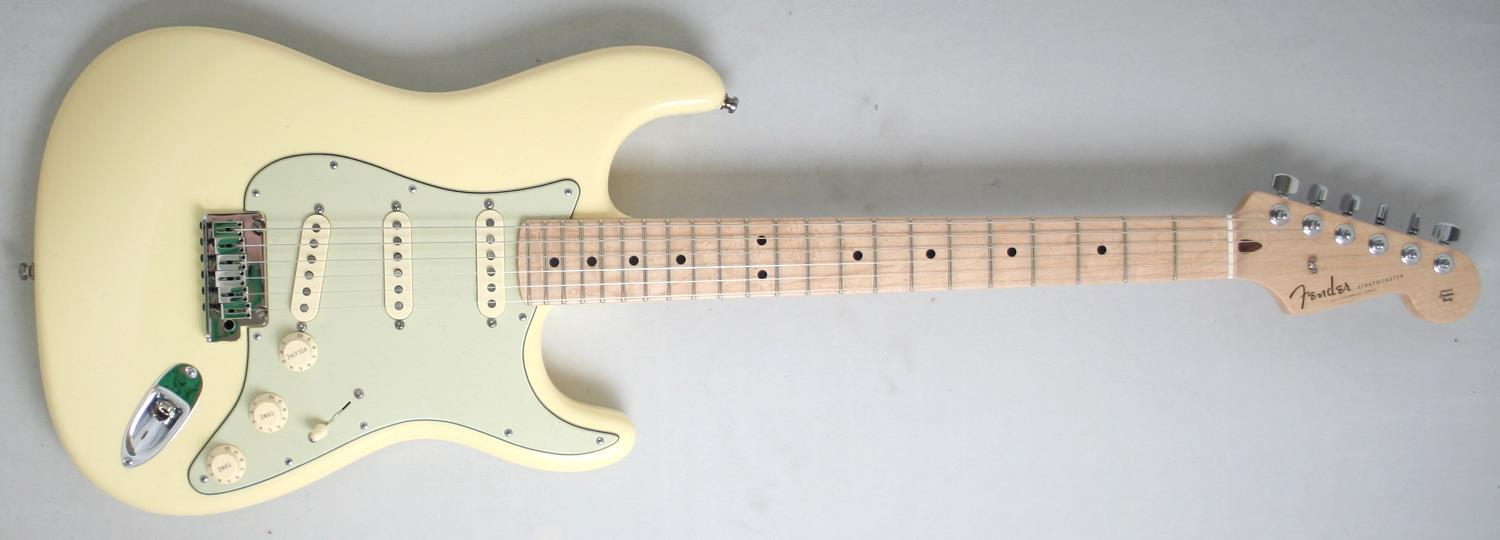 yngwie stratocaster with 24546 on Watch also Rock 1056 moreover Case Oddity Three Of The Strangest Signature Guitars also Fender Fuse Tuner moreover 24546.