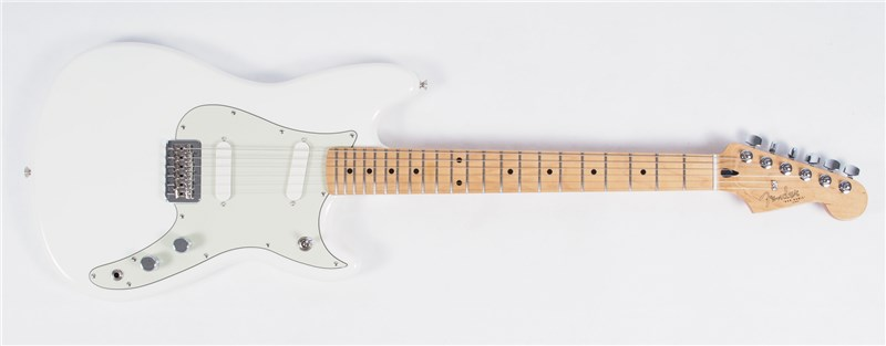 Fender Offset Duo-Sonic Aged White Main