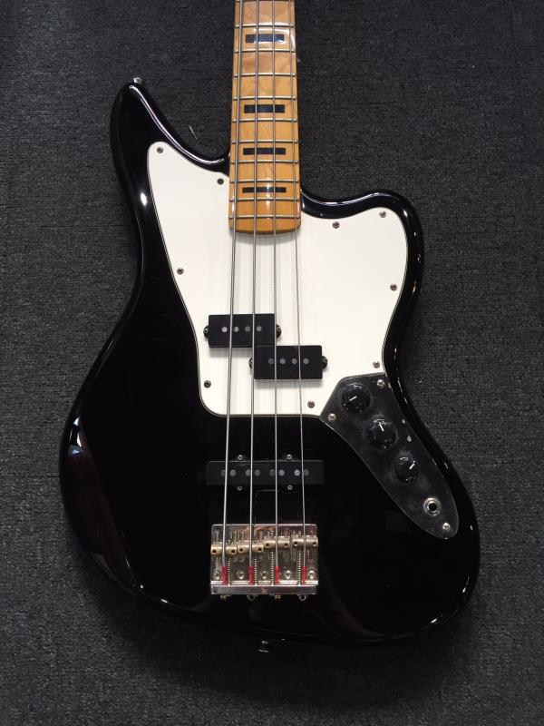 fender modern player jaguar bass black pre owned. Black Bedroom Furniture Sets. Home Design Ideas