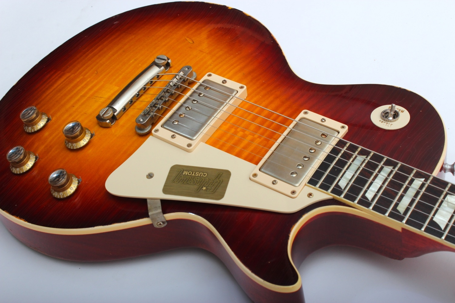 Gibson Custom Shop Les Paul Standard Heavy Aged Bourbon Burst on bfa engineering