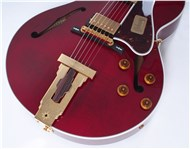 GibsonCustomL4CESMahoganyWineRed-FrontHalf3