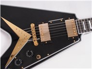 GibsonCustomLtdFlyingVCustomEbony-FrontHalf2