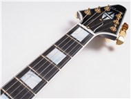 GibsonCustomLtdFlyingVCustomEbony-FrontNeck3