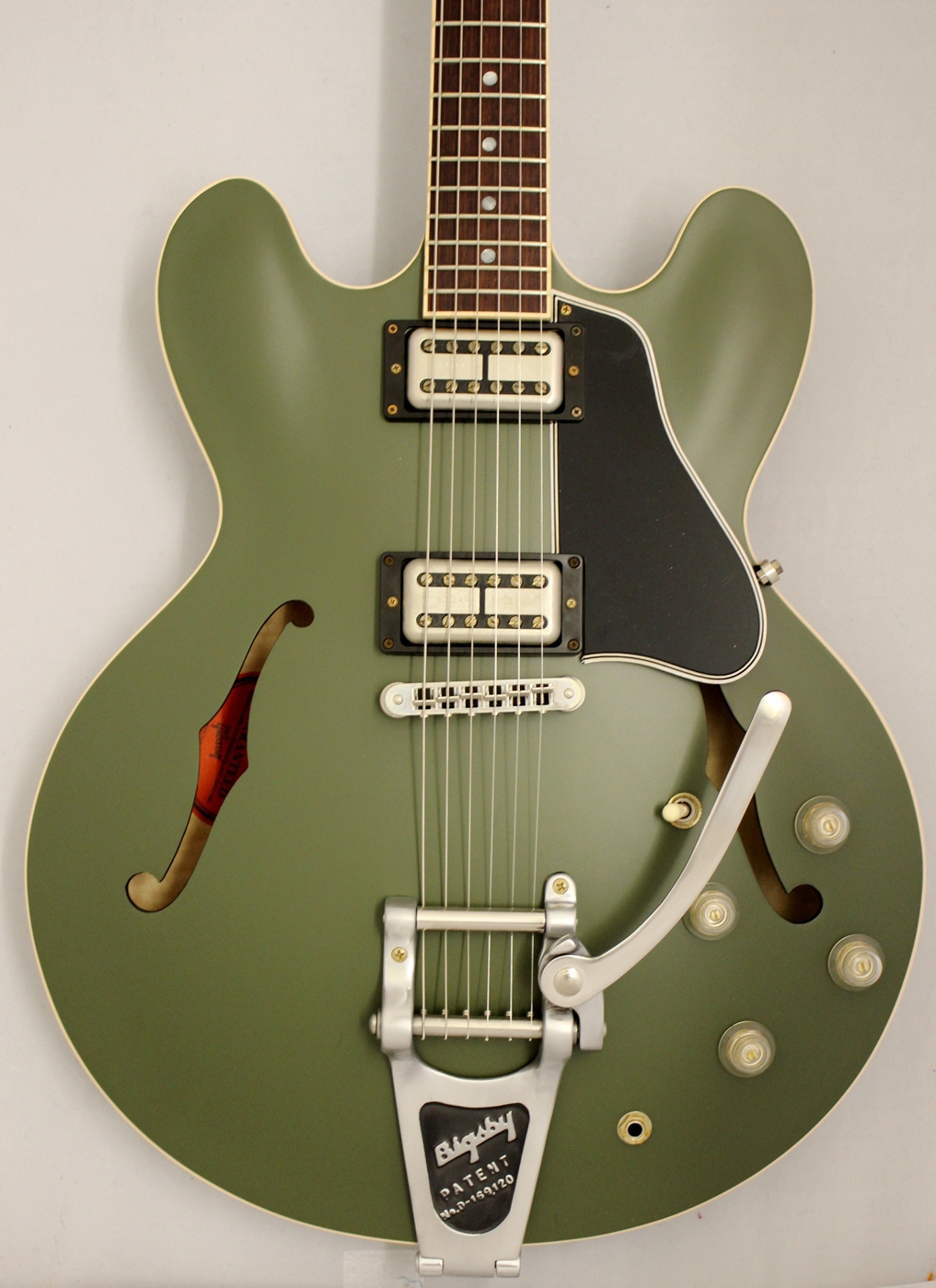 gibson custom shop limited chris cornell es 335 drab green bigsby. Black Bedroom Furniture Sets. Home Design Ideas