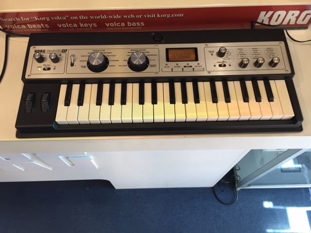 Korg MicroKorg XL Analogue Modelling Synthesizer with Vocoder (Pre-Owned)