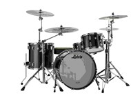 Ludwig Classic Maple In Black Sprakle