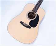 MartinD28DreadnoughtAcoustic-FrontHalf