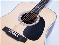 MartinD28DreadnoughtAcoustic-FrontHalf4