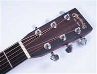 MartinD28DreadnoughtAcoustic-FrontHead