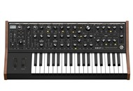 Moog SUB 37 Paraphonic Analogue Synthesizer