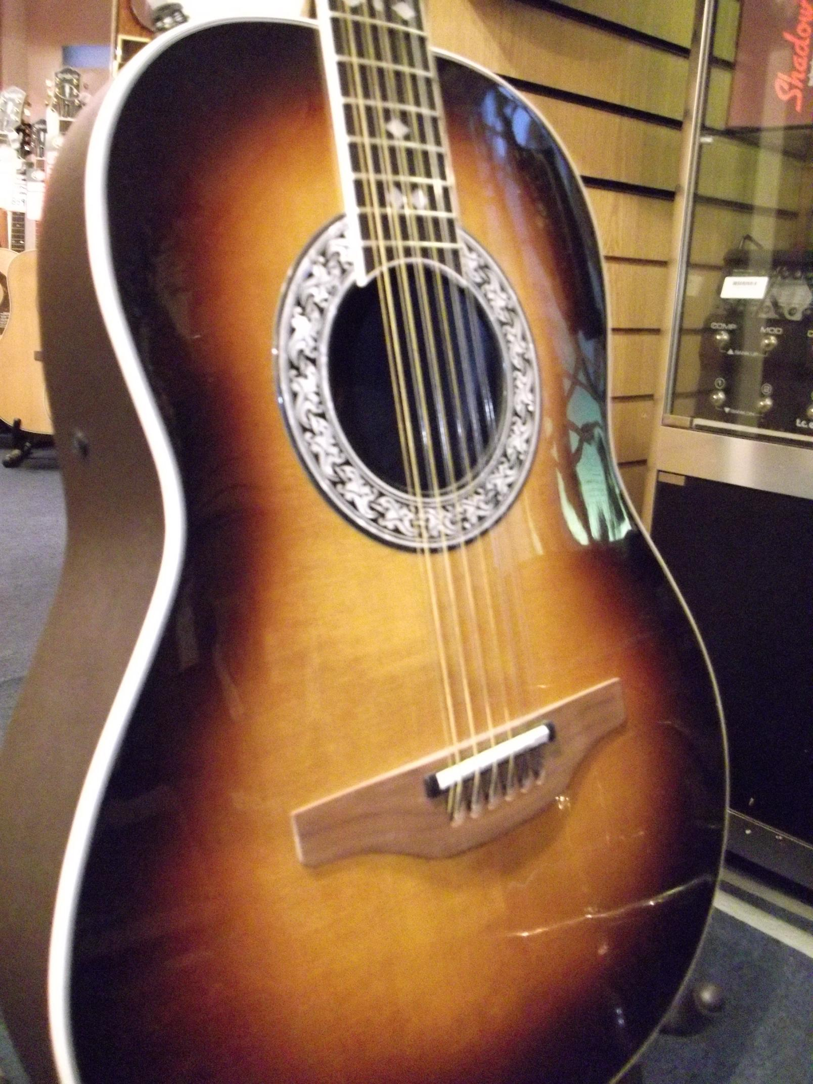 Ovation 1681 1 Glen Campbell LTD 12 String (B-Stock)