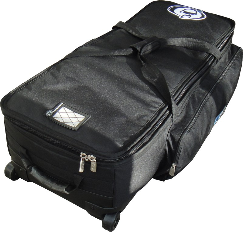Bag with Wheels (28x14x10in)