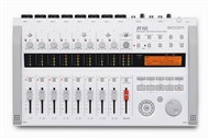 Zoom R16 Digital Recorder, USB Audio Interface and DAW Controller